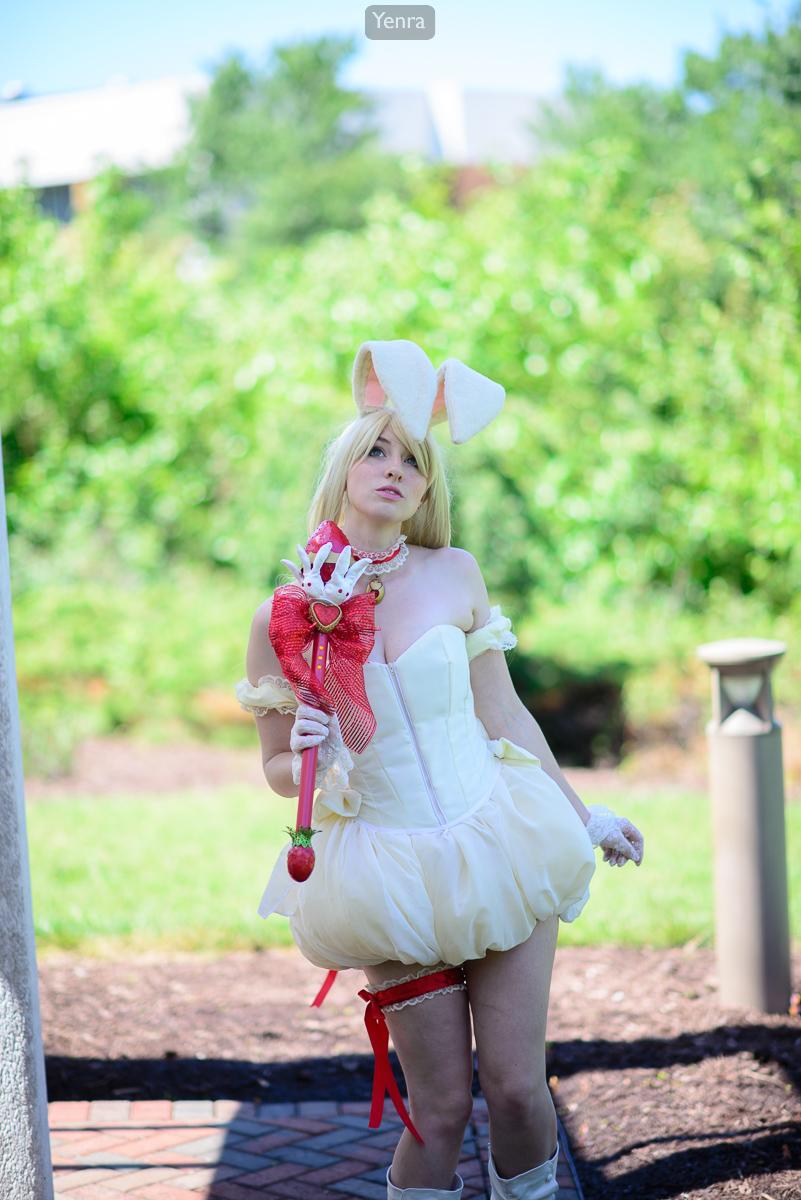 Berry Shirayuki Tokyo Mew Mew A La Mode